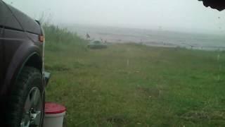 Сильный дождь и ветер на рыбалке НЕ ПОМЕХА....