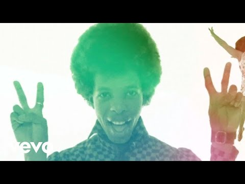 Sly & The Family Stone - Everyday People (Music Video)