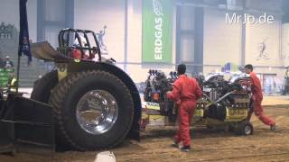 preview picture of video 'Four no Hemi, Italy @ Tractor Pulling Riesa Germany 2014'