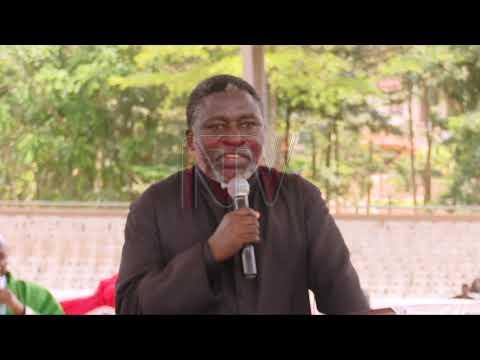 Bannabyabufuzi basabiddwa okukulembeza emirembe