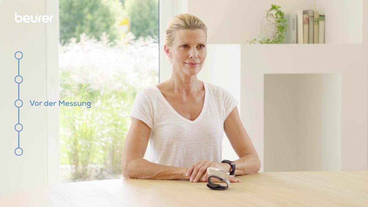 Richtig Blutdruck messen am Handgelenk