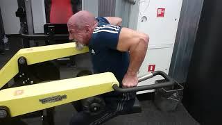 Отжимание на станке, вес-160 кг