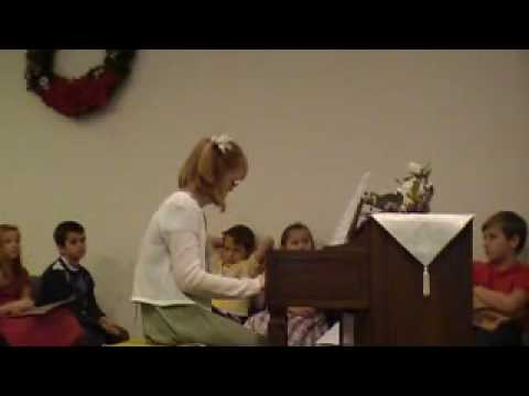 Veure vídeo Down Syndrome: Christmas recital