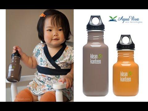 La importancia de beber agua en botellas ecológicas