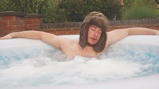 I Spent the Night in a Hot Tub & It Wasn't as Fun as It Sounds (Sleep in a Jacuzzi Challenge)