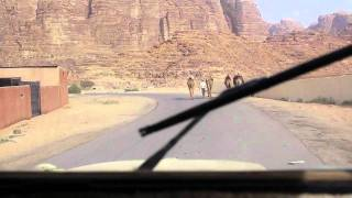 preview picture of video 'Entering Rum Village from Wadi Rum, Jordan'