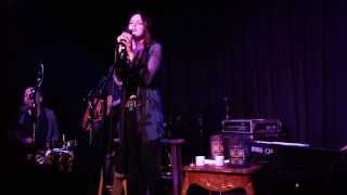 Элизабет Гиллис, Liz Gillies - 1st Original Song (Live at Genghis Cohen)
