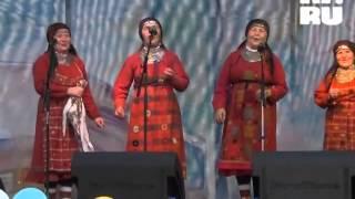 """""""Бурановские бабушки"""" поют Цоя в Новосибирске"""
