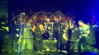 Metallica's Kirk Hammett joins Exodus on stage in Paul Baloff's Honor