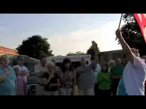 Gigi Crum singing the Star Spangled Banner, Aug. 4, 2008