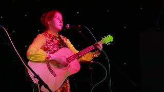 Девушка красиво поет. Я люблю тебя песня Ксении Чемерис. Прекрасный голос, талант