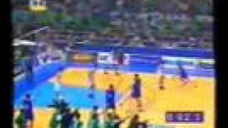 Εδώ με την γιουγκοσλαβία του Μαλίκοβιτς (προπονητής) και του Βράνκοβιτς (αντικανονικό φιστίκι που δεν έπρεπε να μετρήσει) πήρε ο βάζελος ευρωπαϊκό πρωτάθλημα (από Khan, 26/09/10)