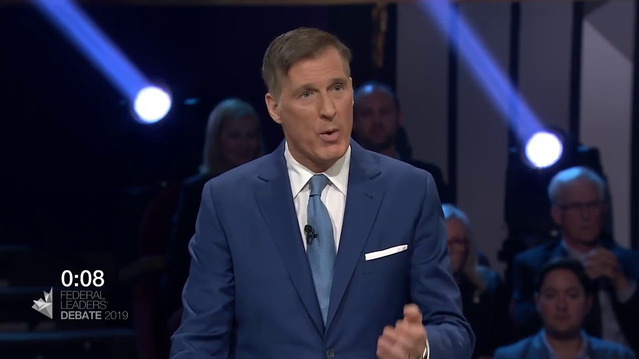 Maxime Bernier answers a question about divisions within Canada