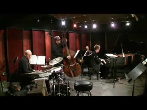 Lori Mechem Quartet Performing Flight of the Foo Birds
