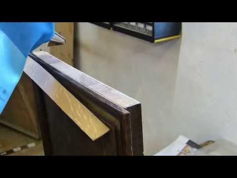 einfache Furnierarbeiten am Eicheschreibtisch, Schäl- und Messerfurniere