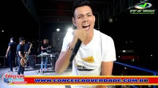 Vitor Fernandes, a nova revelação musical do Brasil leva multidão ao delírio em Santa Inês-PB