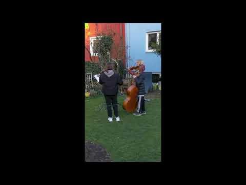 """""""Ode an die Freude"""" hoch drei – Ein (staats-)philharmonisches Gartenkonzert"""