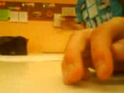Das Bein des Fingers der Zapfen als zu behandeln