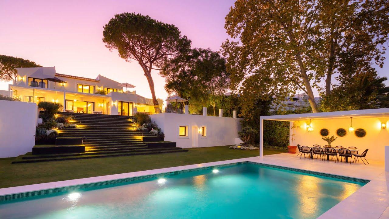 Villa  zu verkaufen in   Aloha, Nueva Andalucia