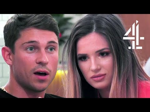 Joey Essex Asks His Date If She's Had A Boob Job?! | First Dates Celeb Special (видео)