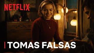 Las escalofriantes aventuras de Sabrina (EN ESPAÑOL)   Tomas falsas: partes 1 y 2 Trailer