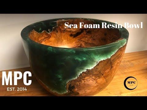 Sea Foam Resin Bowl (16:42)