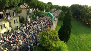 preview picture of video 'Rimini Marathon 2014 -  Emozioni dall'alto dei cieli! Drone Video'