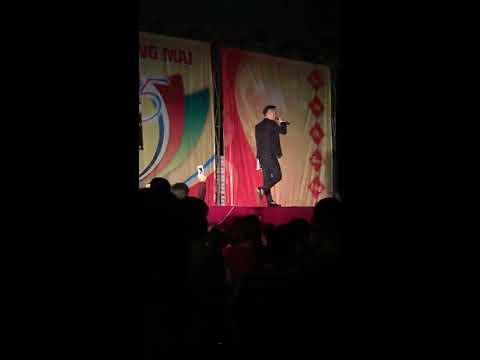 Xin Đừng Đến Bên Anh - Châu Khải Phong tại Hội chợ Đạo Tú