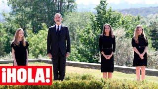 Don Felipe, doña Letizia y sus hijas, la princesa Leonor y la infanta Sofía, han participado este miércoles en el minuto de silencio por las víctimas del coronavirus, un acto que se enmarca en el luto oficial de diez días decretado por el Gobierno, el más largo de la democracia y que empezó este mismo miércoles. Los cuatro han recordado a los más de 27.000 fallecidos en nuestro país a causa del COVID-19 a las 12.00 horas desde el Palacio de la Zarzuela. Es la primera vez que vemos a las hijas de los Reyes durante la etapa de desescalada y la primera vez que participan en un acto público junto a sus padres desde que estalló la pandemia.  #España #FelipeVI #Letizia  Sigue las novedades de las celebrities, tendencia, todas nuestras noticias y mucho más en nuestro canal ¡HOLA!.   ¡Suscríbete! https://www.youtube.com/user/HolaTvES?sub_confirmation=1  Para más información pásate por nuestra web: https://www.hola.com  Síguenos en nuestras redes:  Twitter: https://twitter.com/hola Instagram: https://www.instagram.com/holacom/ Facebook: https://www.facebook.com/revistahola