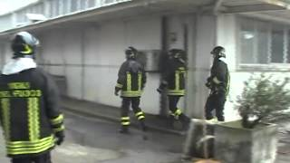 preview picture of video 'Incendio a Corciano: in fiamme capannone di scarpe e prodotti in pelle'