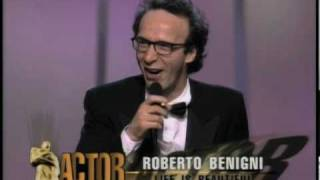 Roberto Benigni Wins Best Actor: 1999 Oscars