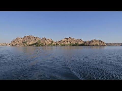 العرب اليوم - شاهد: سكان جزيرة بيجة في أسوان يحاولون إحياء السياحة فيها