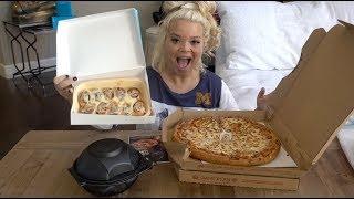 TRYING PIZZA HUT'S NEW CINNABON MINI ROLLS!