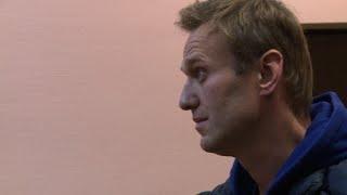 L'opposant russe Alexeï Navalny de retour devant les juges | Kholo.pk