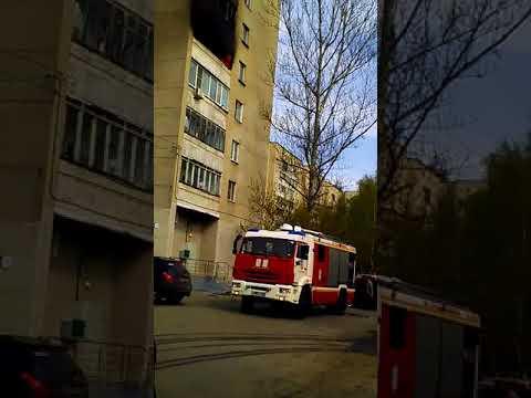 Полностью выгорела квартира многодетной семьи в Нижнем Новгороде