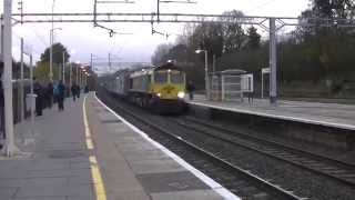 preview picture of video 'Freightliner 66550 Container Train passing Bushey'