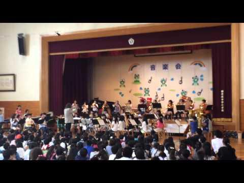 軽井沢中部小学校吹奏楽部 H27校内音楽会 組曲「道化師より」
