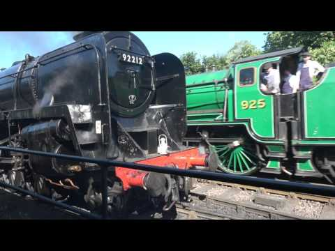 SR 925 'Cheltenham' and BR 9F 92212 going off shed at Ropley…