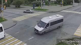 Придурки на дороге, приколы на дороге 2018 5