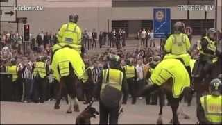 Schwere Krawalle Im Britischen Fußball: Newcastle-Anhänger Greifen Polizisten An