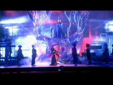 Madonna - Frozen (Drowned World Tour)