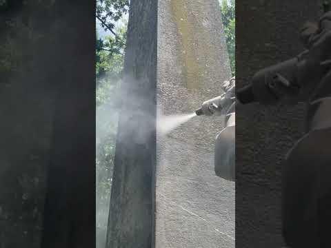 Hydrogommage d'un monument en restauration à Morges