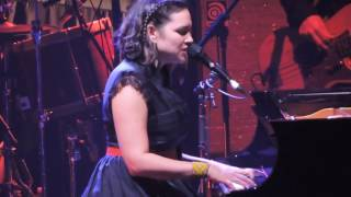 Norah Jones Live Tragedy  Teatro Arcimboldi MILANO 8.11.2016