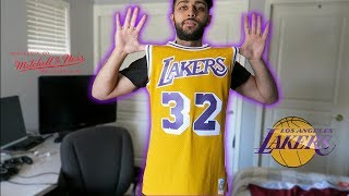 LA LAKERS MAGIC JOHNSON JERSEY MITCHELL   NESS + SANTA BARBRA TRIP ! eb704afe0