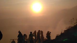 Indahnya Matahari Terbit dari Puncak Gunung Batur Kintamani