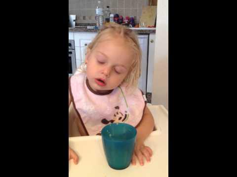 Video Elena, Late infantile MLD symptoms