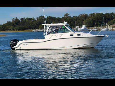 Boston Whaler 315 Conquest video