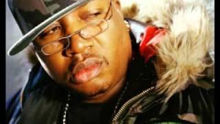 E-40 feat. CLIPSE - Quarterbackin' (DJ Quik Remix)
