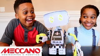 Christmas Elves Deliver Coolest Toy! - Shasha and Shiloh - Onyx Kids