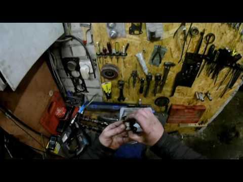 Фото к видео: Ремонт мотора Audi 100 (A6) 2.0 ACE